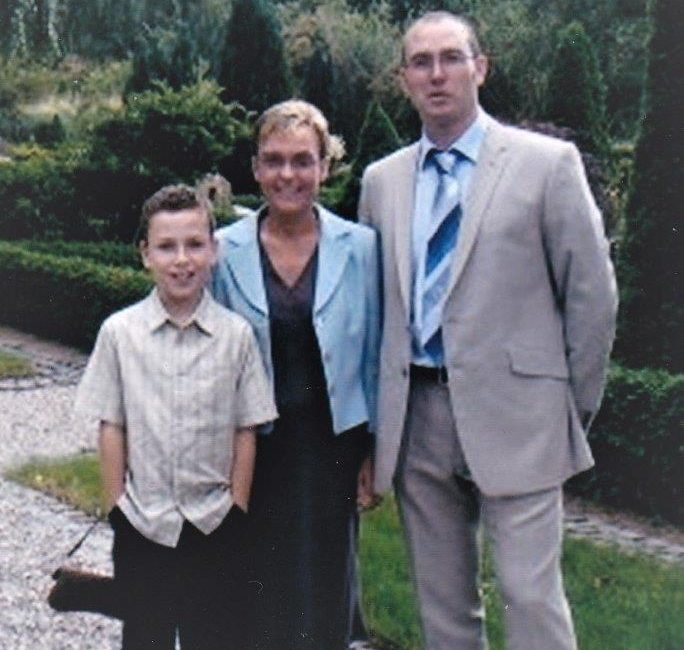 Tracey, her son Edward and ex husband Pete in 1996