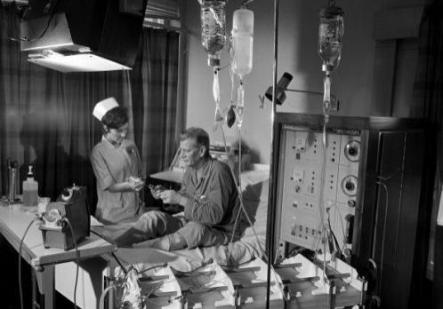 Royal Free Hospital Renal Unit patient and nurse with dialysis machine, 1968.