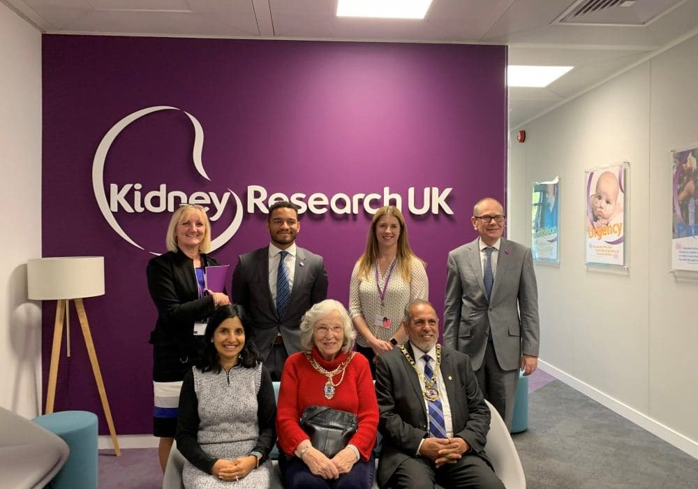 Mayor visits Kidney Research UK
